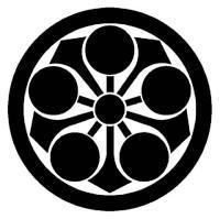 丸に剣梅鉢
